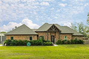 1314 Mill Road, Angleton, TX 77515