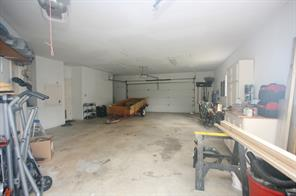 Another view of the garage.