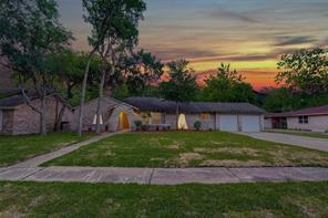 5226 Shady Oaks Lane, Friendswood, TX 77546