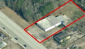 For sale building and land on High traffic count area, good visibility and easy access to Highway 59, Grand Parkway and FM 242.  This properties is in close proximity to the Grand Texas Theme park IAH airport is about 17 miles away.. Frontage on FM 1485 is 126'.  No restrictions with a 5760 sq ft metal building, also includes 1200 sq ft covered area.  New roof installed by owner this year (per seller). Former New Caney Fire Station.