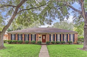 9002 Landsdowne, Houston, TX, 77096