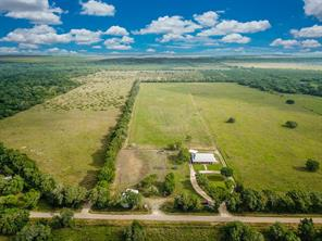 4394 County Road 384, Louise TX 77455