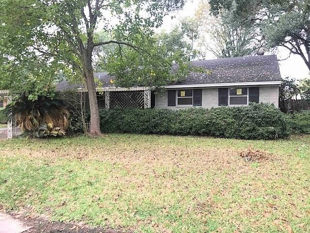 Perfect Investor special.. House needs full Rehab along with TLC to get this property in great shape. Set up your showings today.