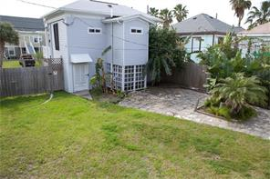 Houston Home at 1623 Avenue N 1/2 Galveston , TX , 77550-8136 For Sale