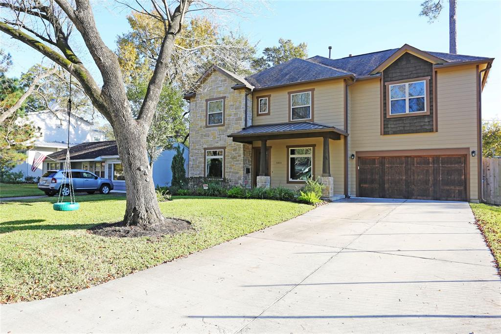 Beautifully designed Craftsman style new construction features 4 bdrms/4 baths, great room w/fireplace views, nice sized back yard & covered patio! Large, open kitchen features solid wood cabinets & upgraded ss appl pkg. Kit connects to formal dining thru large functional butler's pantry w/storage & wine chiller. Full bth & study down, other bdrms up w/gamerm + hobby/homework area. Entering front door; formal dining to left, study w/built-ins on left. Extensive oak flooring. Lawn Care included!