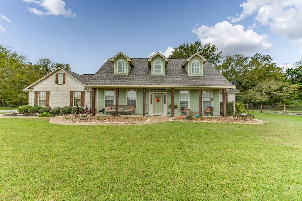 8333 Wheelock Hall Road, Hearne, TX 77859