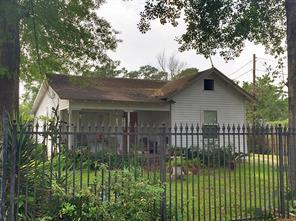 7325 appleton street, houston, TX 77022