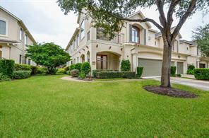 21 Sweetwater Court, Sugar Land, TX 77479