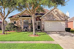 3108 Meadow Bay Drive, Dickinson, TX 77539