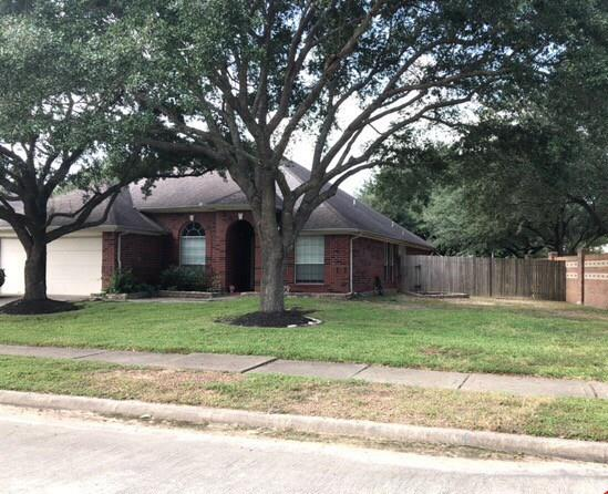Nice one story home in Willow Point featuring 4 bedrooms, 2 and a half baths, 2 car attached garage and so much more. Occupied property.