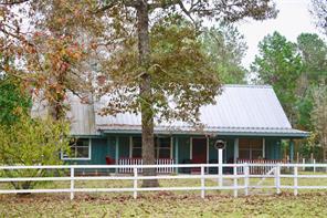 273 County Road 1240, Warren, TX 77664