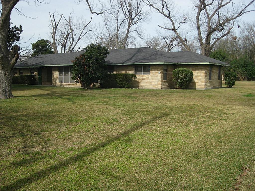 711 E Whitney Street, Houston, TX 77022