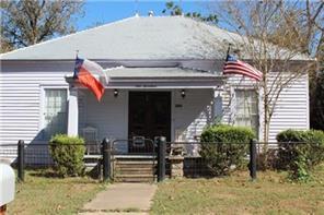 917 prairie street, columbus, TX 78934