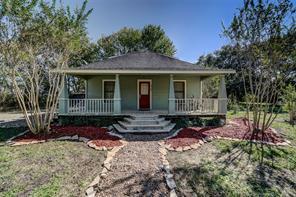 1765 County Road 180, Alvin, TX 77511
