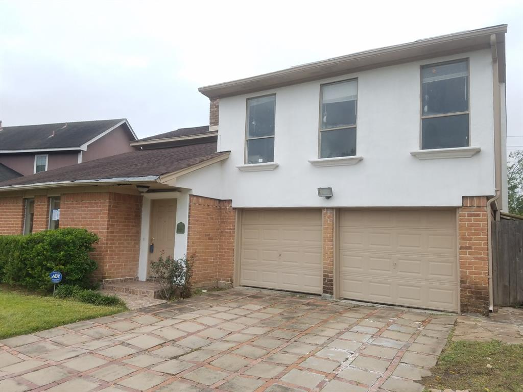 Great home for a  3 Bedroom 2 and a half bath home with high ceilings formal living, inside laundry . Large back yard with a pool. Close to Westpark tollway close to shopping and super Markets . In the heart of Southwest Houston.