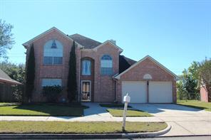 701 pinebrook lane, baytown, TX 77521