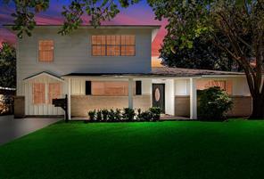 5838 Willow Oak, Houston TX 77092