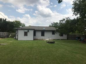434 azalea street, lake jackson, TX 77566
