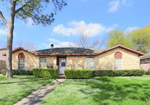 9122 Tanager, Houston TX 77036
