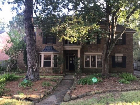 Two story home in the Greentree Village neighborhood with potential. Neighborhood is close to schools, restaurants and shopping. This property features granite countertops, fireplace, game room area upstairs, fenced backyard, and master bedroom downstairs.
