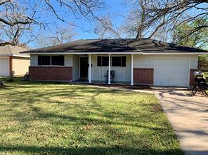 113 bois d'arc street, lake jackson, TX 77566
