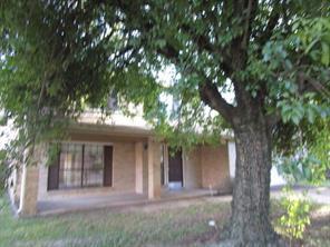 4219 E Peachfield Circle, Houston, TX 77014