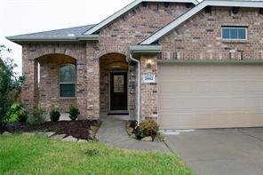 2882 Flower Creek Lane, Dickinson, TX 77539
