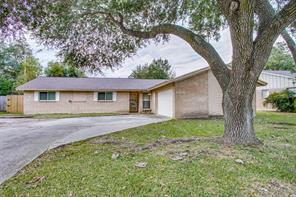 1806 raintree street, baytown, TX 77520