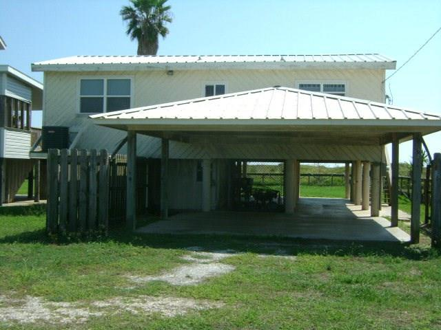 480 Beachfront Drive, Matagorda, TX 77457