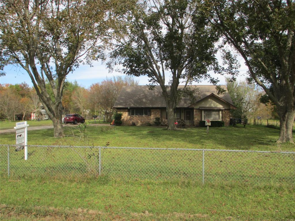 3321 Fig Orchard Road, Highlands, TX 77562
