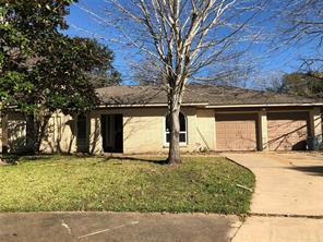 729 newman street, angleton, TX 77515