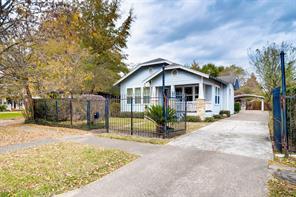 4731 woodside street, houston, TX 77023