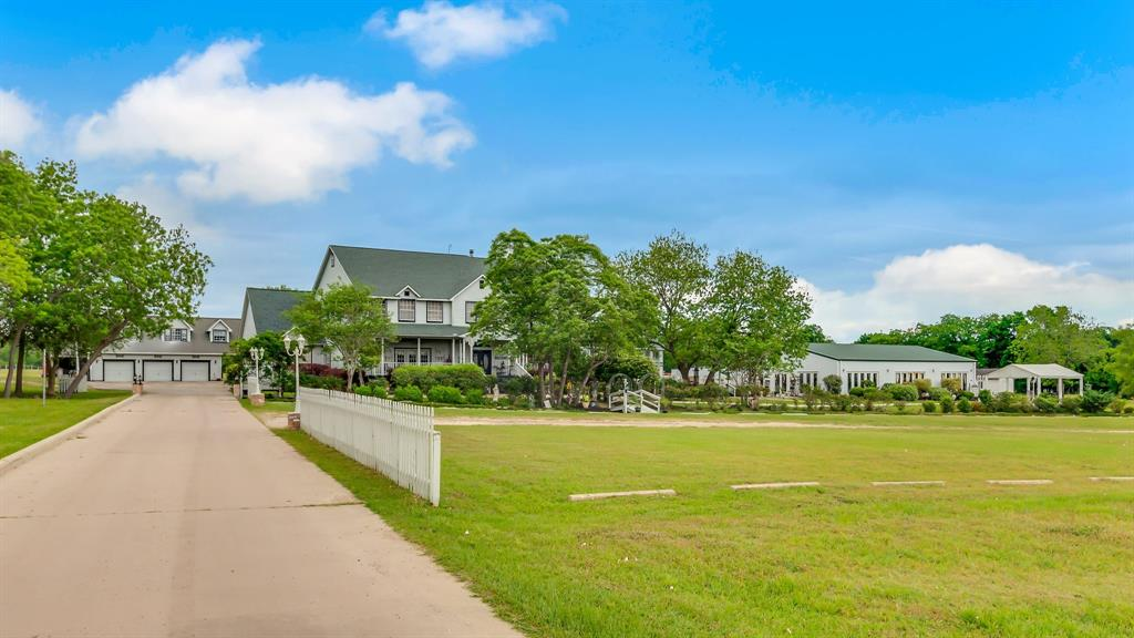 11134 Shepard Hill Road, Willis, TX 77318