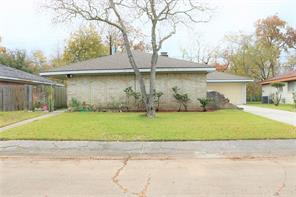 11722 Oceanview, Houston TX 77071