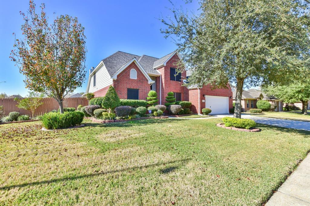 122 Mossey Oak Drive, Baytown, TX 77520