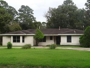 5301 Sycamore Drive, Dickinson, TX 77539