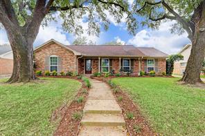 3707 Woodvalley, Houston TX 77025