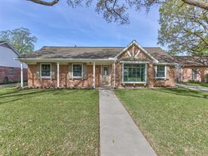 3602 ann arbor drive, houston, TX 77063