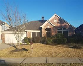 401 Blossomwood Drive, League City, TX 77573
