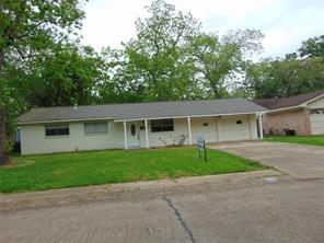 822 sycamore street, lake jackson, TX 77566