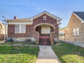 4705 Avenue N 1/2, Galveston, TX 77551