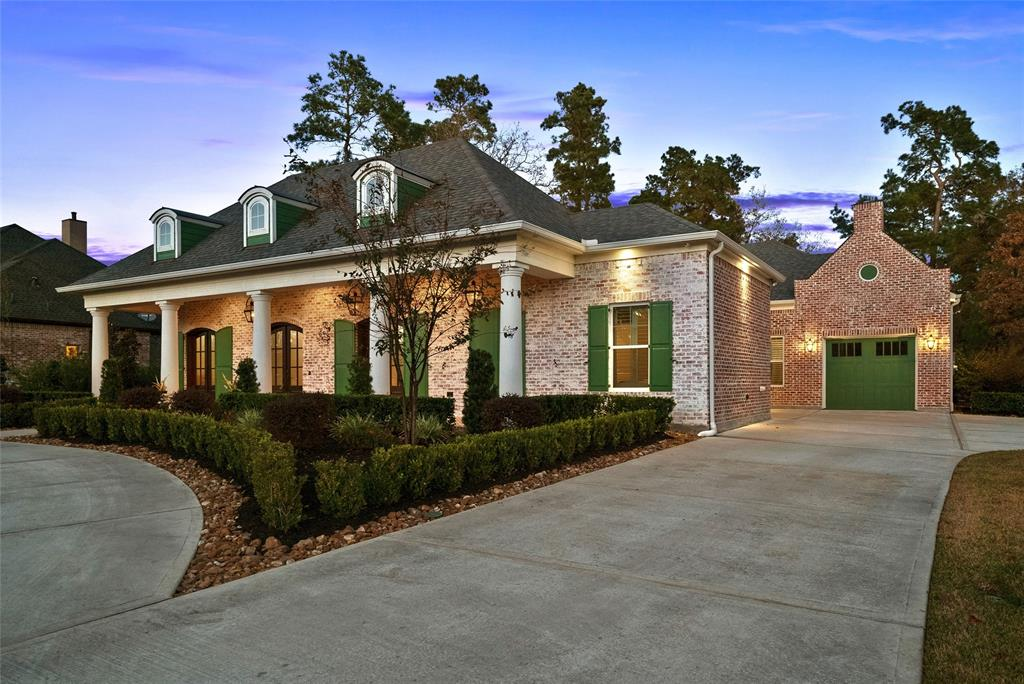 27814  Golden Oak Chase Court