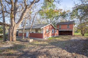 508 hurst street, angleton, TX 77515