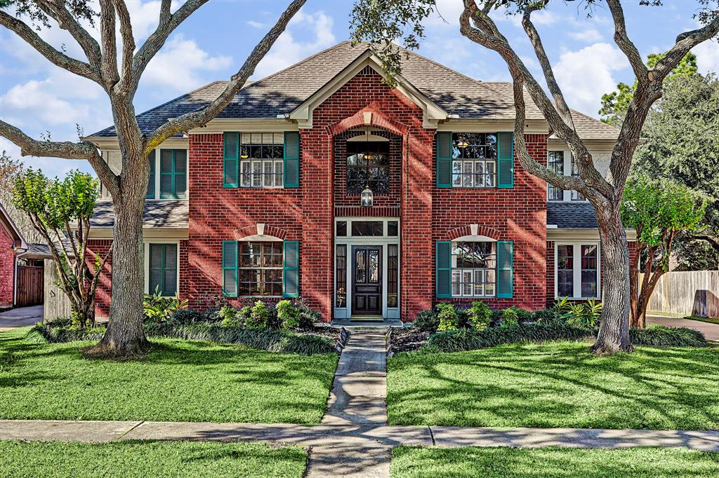 2206 Heather Green Drive, Houston, TX 77062