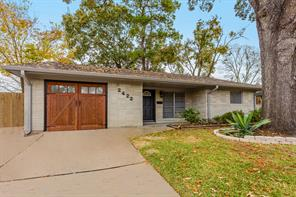 2422 Stonecrest, Houston TX 77018