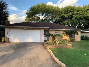 4805 Sandalwood Ave, Rosenberg, TX 77471