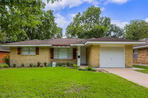 4421 Nina Lee, Houston TX 77092