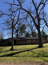 212 van winkle street, lake jackson, TX 77566