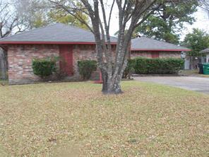 7215 Valmont, Houston TX 77016