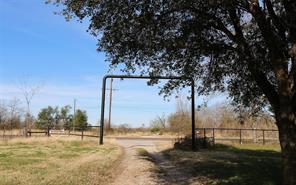 1912 Highway 75, Madisonville TX 77864
